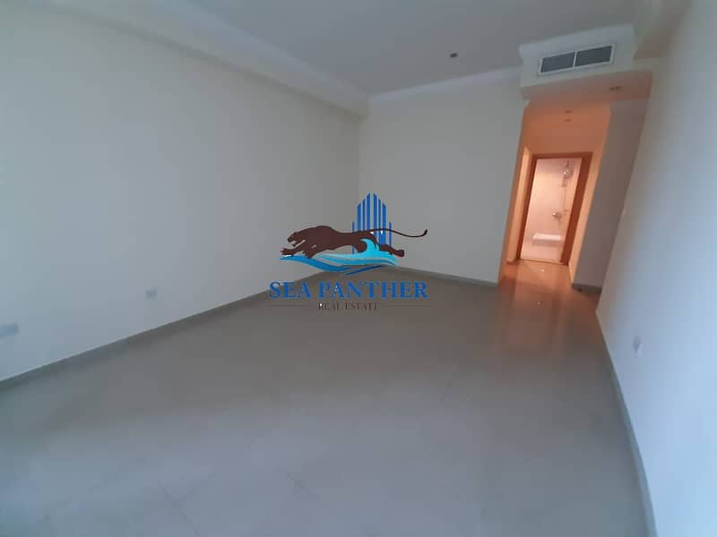 4 BR with Maids Room / Chiller Free  / Marina View