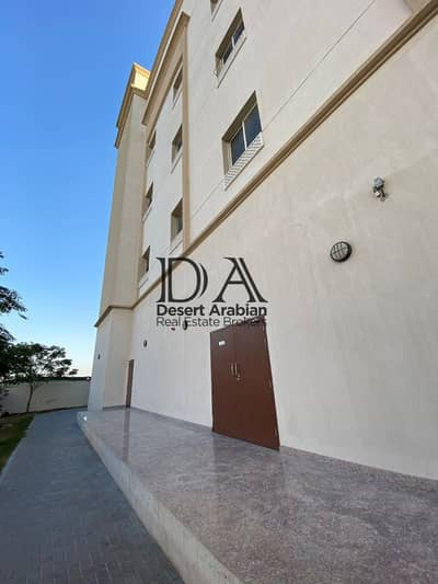 Labour Camp for Rent in Dubai Investment Park (DIP), Dubai - 100 Rooms Available | ALL INCLUSIVE