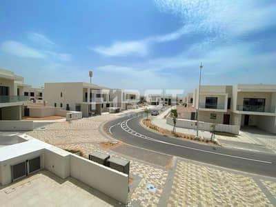 فیلا 6 غرف نوم للايجار في جزيرة ياس، أبوظبي - Hot Deal! Exquisite Spacious Golf Villa