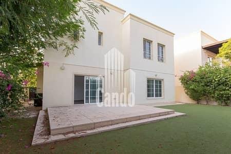 فیلا 3 غرف نوم للايجار في البحيرات، دبي - Upgraded Villa Opposite the Pool in Deema 1