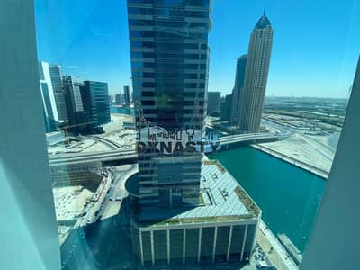 Office for Rent in Business Bay, Dubai - Fully Fitted|Partations|2 Parkings | Canal View