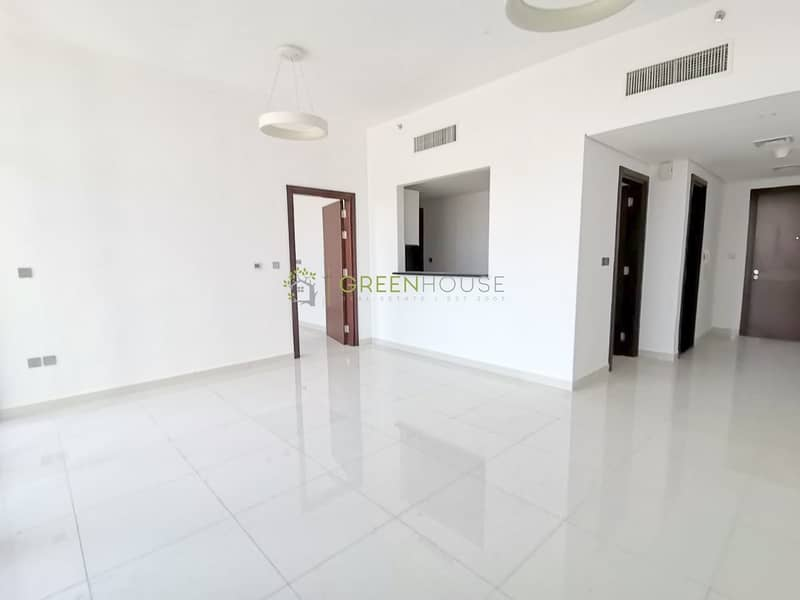 2 Spacious 1 BRs Apts. | Never-Lived in  Apt. | Prime Location | Dezire Residences