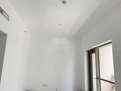 2 Bedroom Flat for Rent in Downtown Dubai, Dubai - Modern Style | 2 Bedroom | Unfurnished Apartment