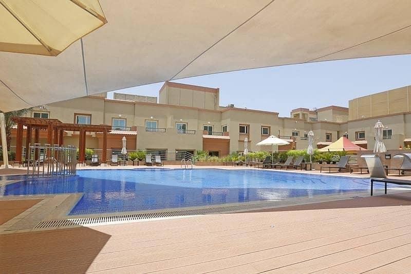 13 2Bedroom+Balcony | Al Khail Rd View | Middle Floor