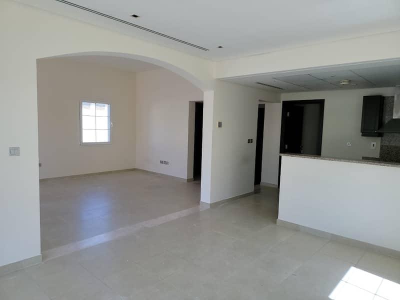 فیلا في مثلث قرية الجميرا (JVT) 2 غرف 102000 درهم - 4826580
