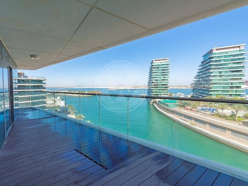 2 Amazing apartment with full sea views | Must view!
