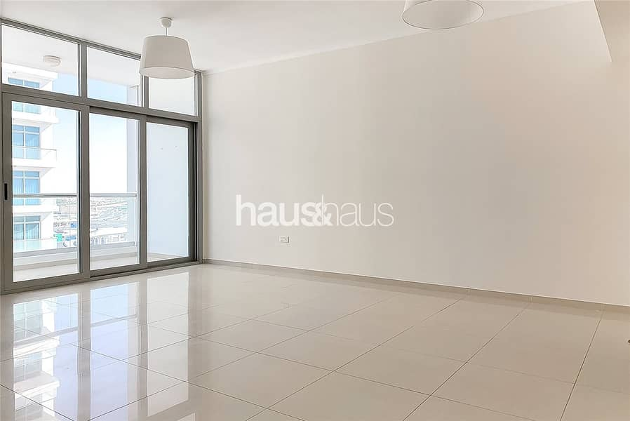 2 One Bedroom   Spacious   Unfurnished