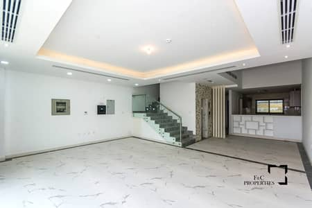 فیلا 4 غرف نوم للبيع في قرية جميرا الدائرية، دبي - Ready to Move | 4BR +Maid | Elevator| Payment Plan