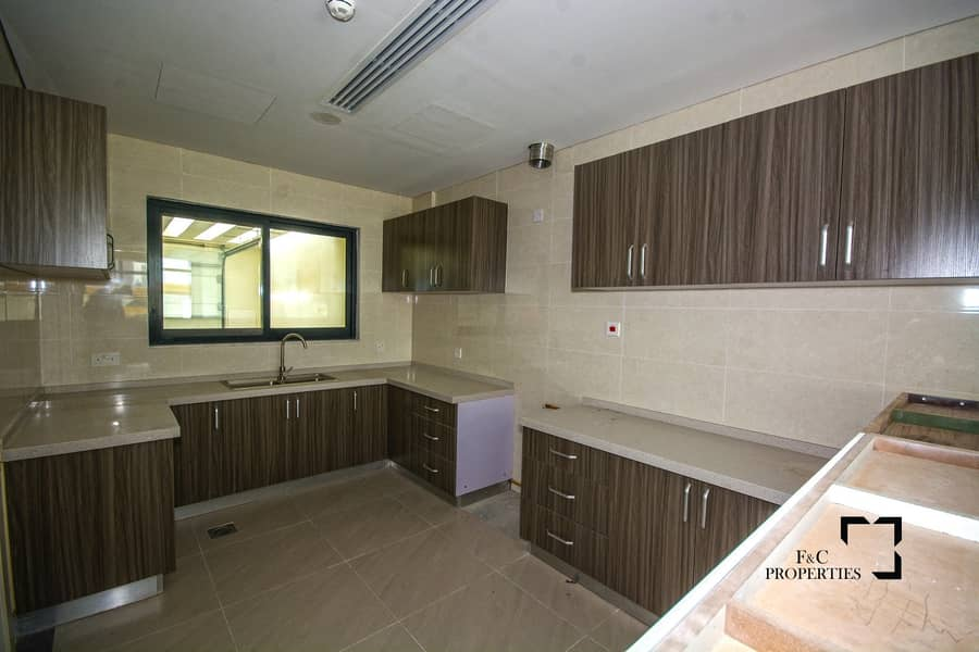2 Ready to Move | 4BR +Maid | Elevator| Payment Plan