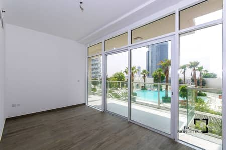 2 Bedroom Flat for Sale in Jumeirah Village Circle (JVC), Dubai - Duplex 2 Bed | Large Garden | Pool View | Vacant