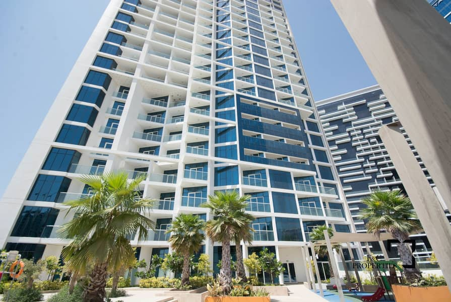 22 Live the Luxury   High Floor   Canal View