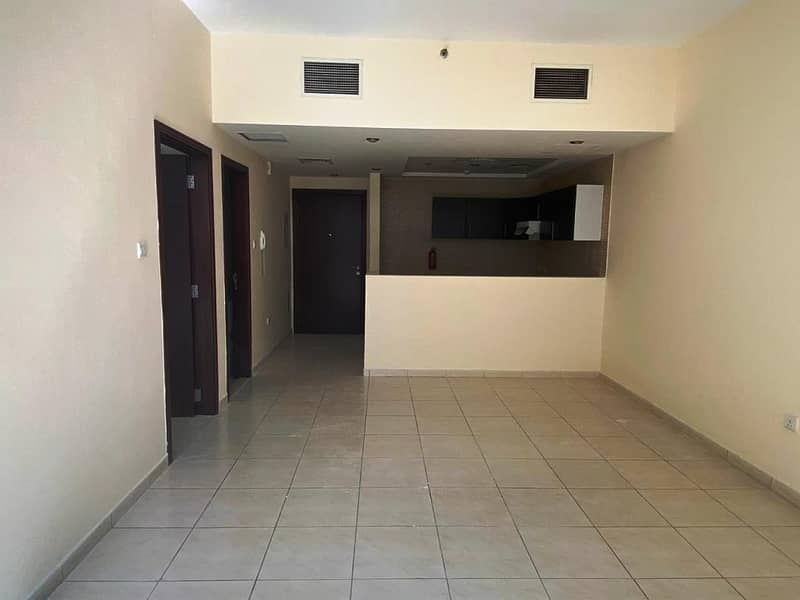 Deal - Pool View - Huge Size /Spacious One Bedroom - 960 SqFt