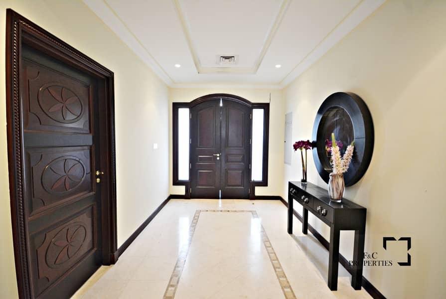 11 4 Bedroom I Central Rotunda I Vacant I High No.