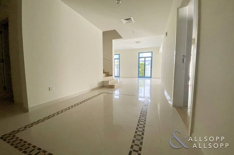 2 Modern 2 Bed   Falcon CIty    Landscaped