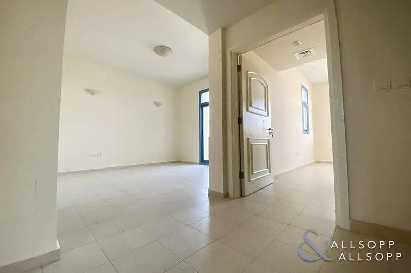 10 Modern 2 Bed   Falcon CIty    Landscaped