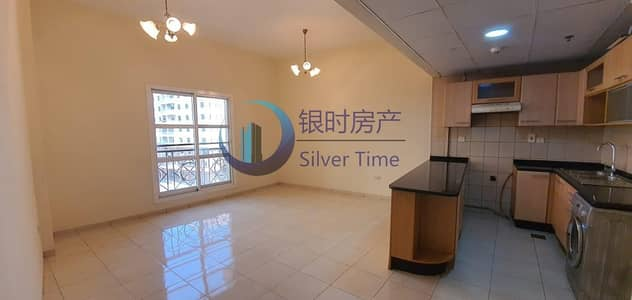 2 Bedroom Flat for Sale in International City, Dubai - Great Deal / Stunning unit / well maintained spacious