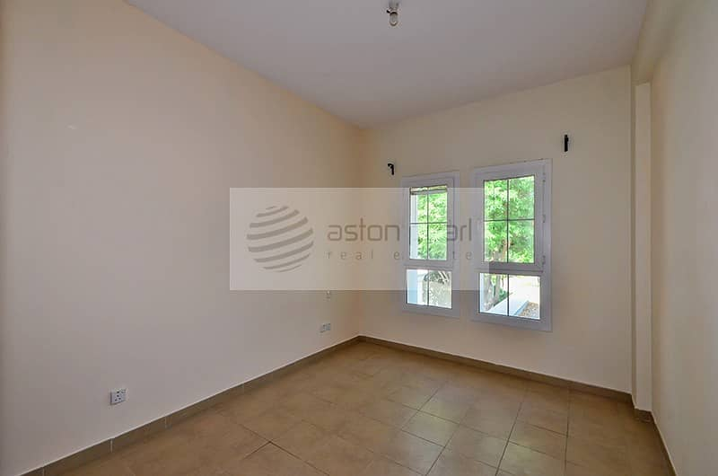 10 Walk to Lake | Type 3 E |3 Bed + Study |Immaculate