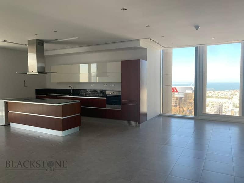 2 Cozy 1BR apartment with stunning Burj Khalifa View | High Floor