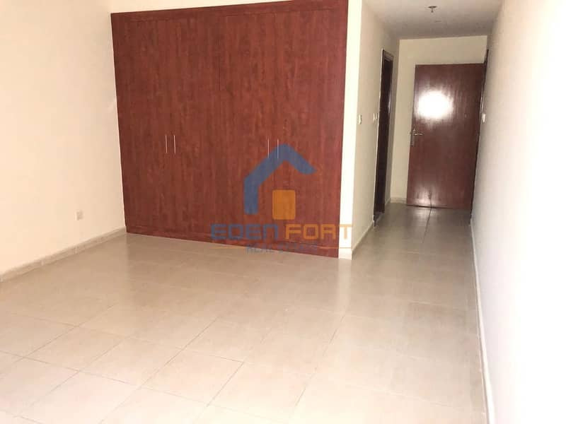 2 Chiller free-2 BHK-Spacious-Olympic Park-DSC