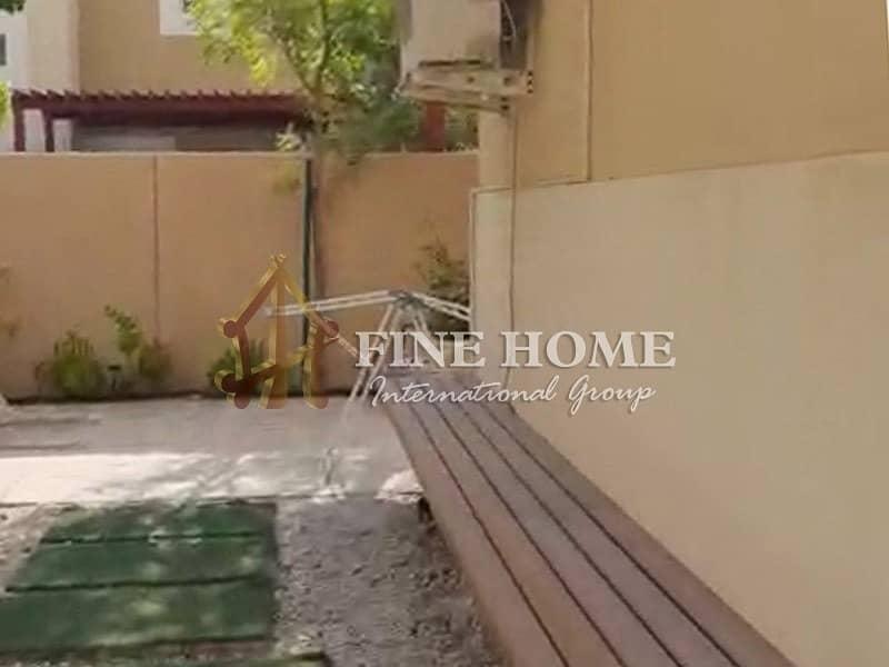16 Your Dream Home: Corner 4BR Villa Near the Park
