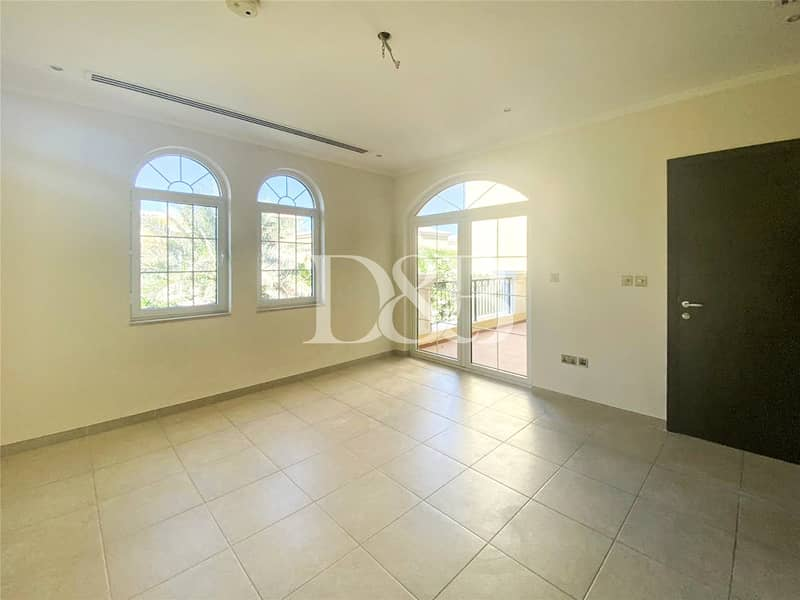 10 Extended 3 Bedroom Villa | Excellent Condition