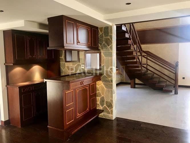 Luxury Duplex  (loft)  | Fully Upgraded