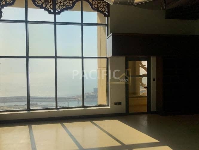 2 Luxury Duplex  (loft)  | Fully Upgraded