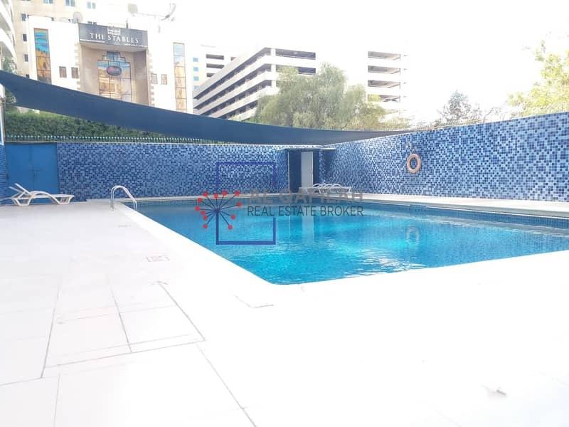 11 Chiller Free | Bright Apt | Balcony | All Facilities | SZR