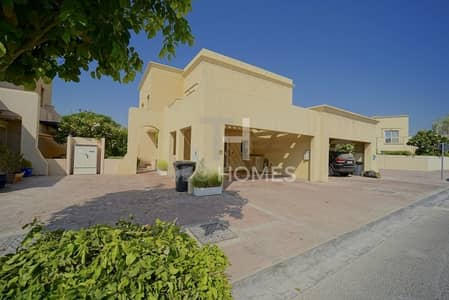 2 Bedroom Villa for Rent in The Lakes, Dubai - Rare Type HE I Fully Upgraded I 2 Bedroom