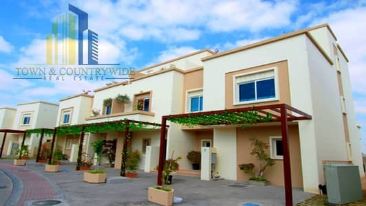 4 Bedroom Villa for Sale in Al Reef, Abu Dhabi - Hot Deal! single row villa and near to facilities!