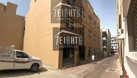 مبنی تجاري  للايجار في بر دبي، دبي - Commercial and residential building with 20 studios
