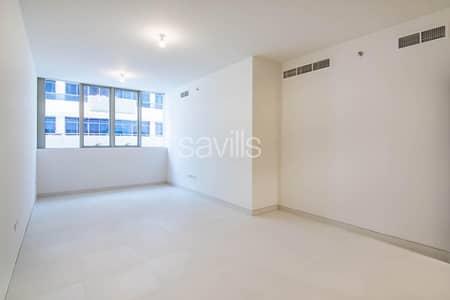 شقة 2 غرفة نوم للايجار في الخالدية، أبوظبي - Spacious 2 bedroom plus maid   New Building   Khalidiya