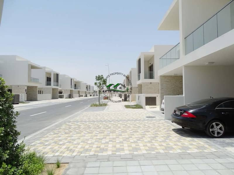 Yas Modern Brand New! 3 BR Villa w Balcony