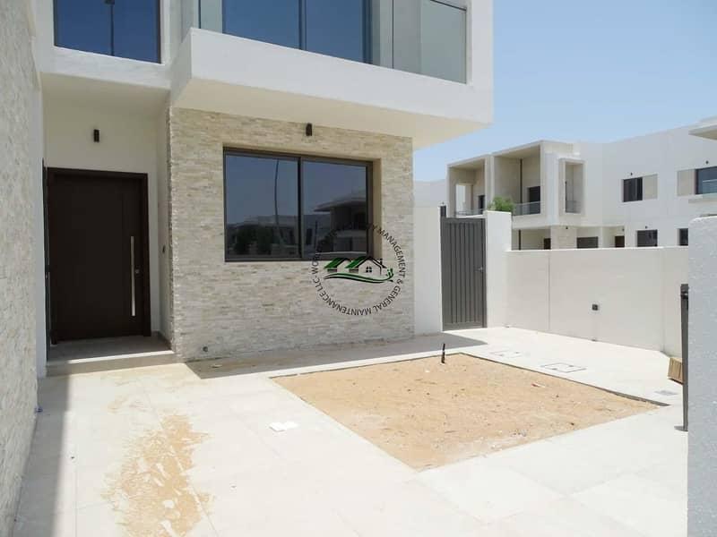 2 Yas Modern Brand New! 3 BR Villa w Balcony