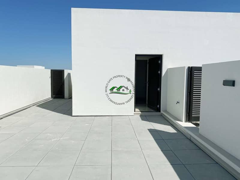 33 Luxurious 4 Duplex Villa with AMENITIES