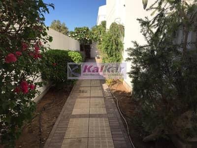 فیلا 4 غرف نوم للايجار في أم سقیم، دبي - Umm Suqeim - Semi detached 4 B/R + Study villa with private garden