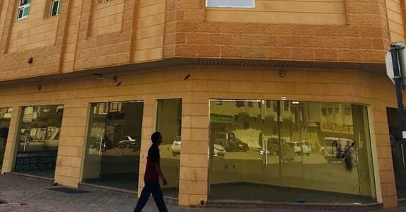 محل تجاري  للايجار في تجارية مويلح، الشارقة - Retail Shops  ( 250 sqft Prime Locations )  - Muwaileh  ( Brand New ) + 1 Month Free