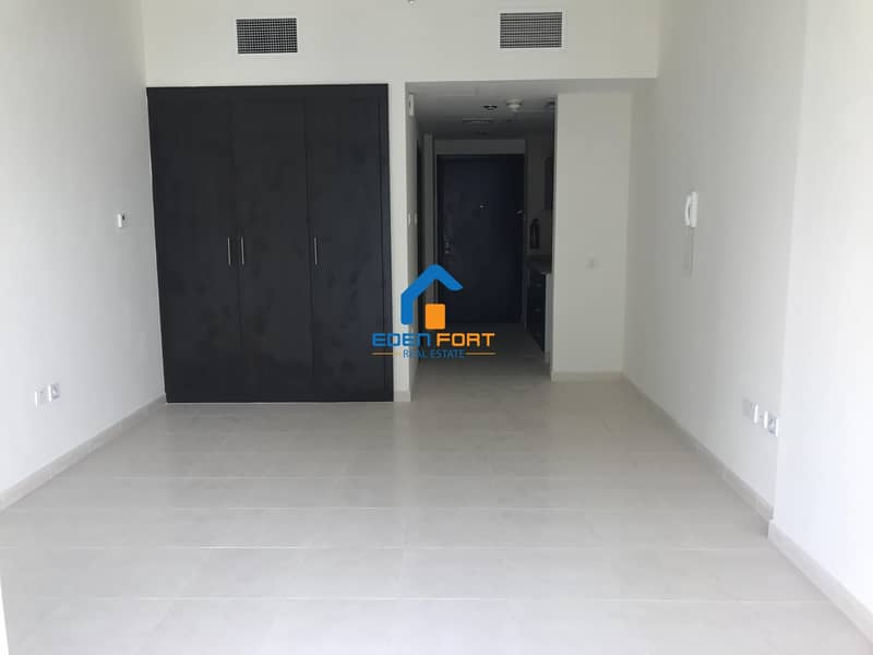 1 Well Maintained Unfurnished Studio Apartment