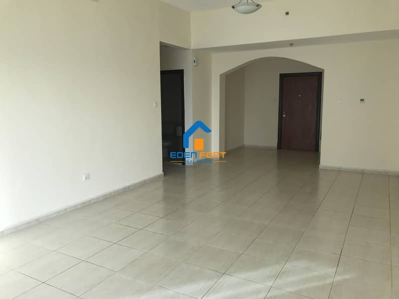 Chiller free 2 bedroom with Closed Kitchen....