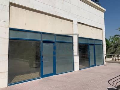 محل تجاري  للايجار في أبراج بحيرات الجميرا، دبي - Fitted|Busy Cluster| Signage Available | Vacant |