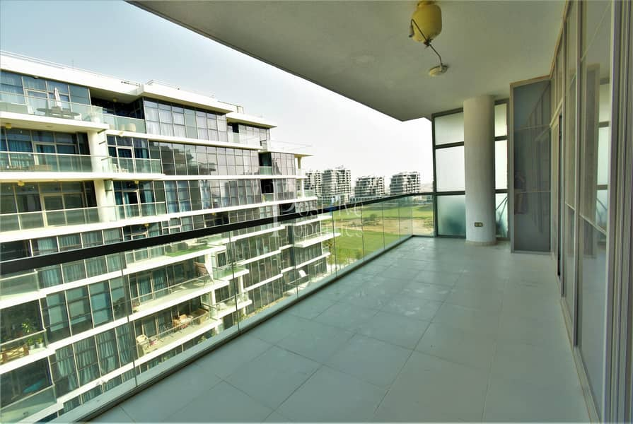 TERRACE | GOLF AND POOL VIEW | REDUCED !