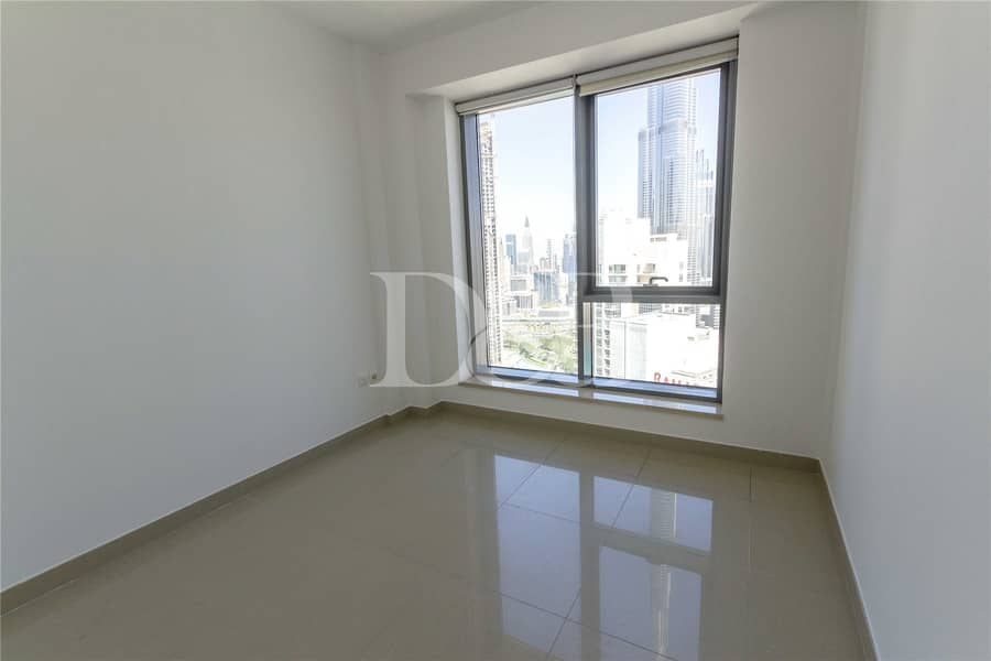 10 Fountain View | High Floor | Chiller Free