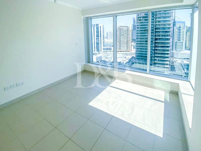 10 Spacious | Bright Apartment | Chiller Free