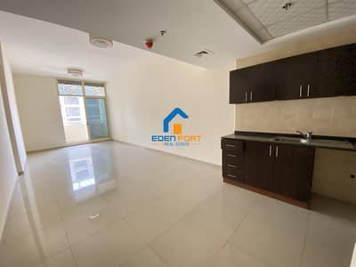 Huge One Bedroom Vacant Apartment For Sale