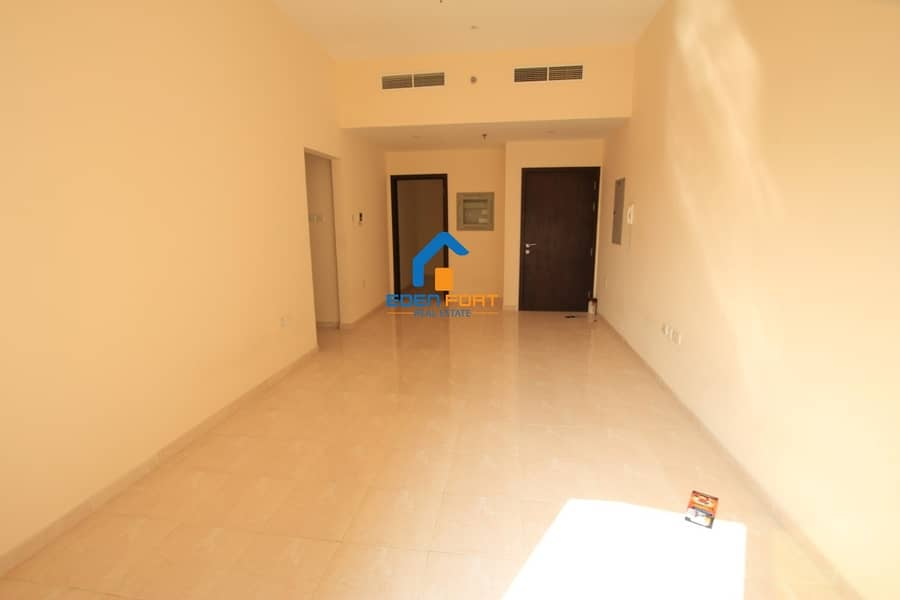 2 Nice Layout Unfurnished 3 Bedroom Apartment ...