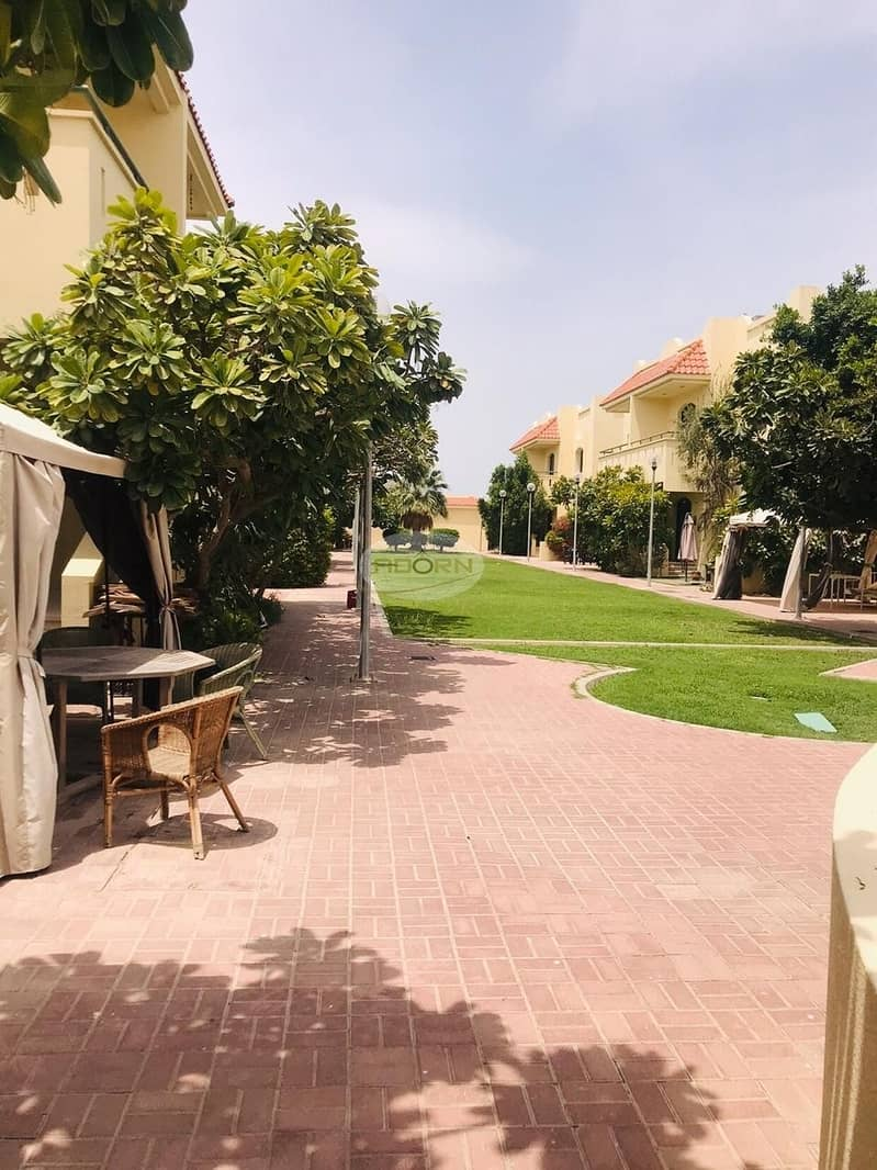 15 nice 3 bed room compound villa for rent in Umm Suqeim 2 with all facilities
