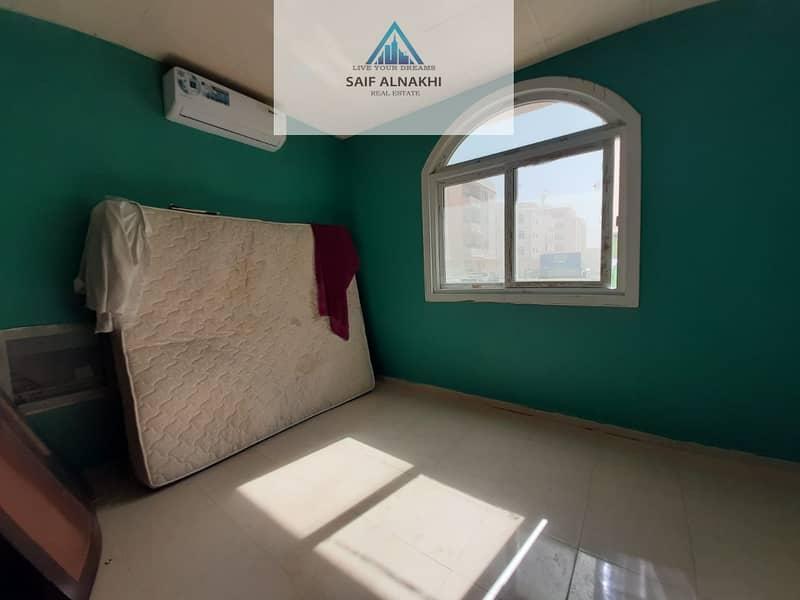 12 Saprit kitchen Studio flat 10k in national paint muwaileh