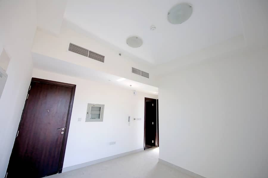 Without balcony l Best for family l Situated on the Main Road