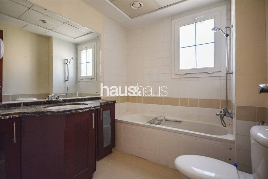 10 EXCLUSIVE | Well Maintained | Available October