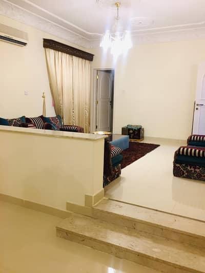 Five-room two-storey villa for sale in Al-Azra
